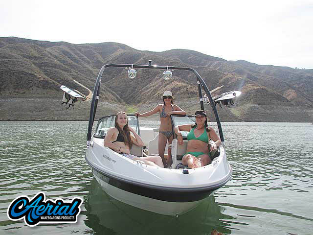 2005 Sea Doo Utopia 185 Wakeboard Tower, speakers, racks, bimini