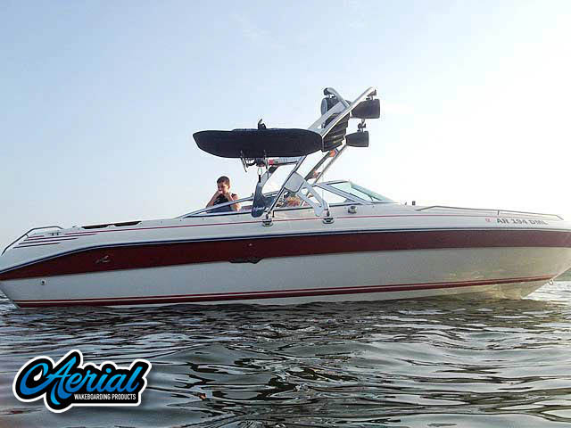 1991 Sea Ray 225 Wakeboard Tower, speakers, racks, bimini