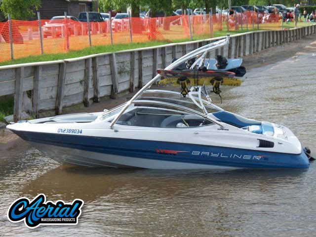 Bayliner Caprie 1992 Wakeboard Towers