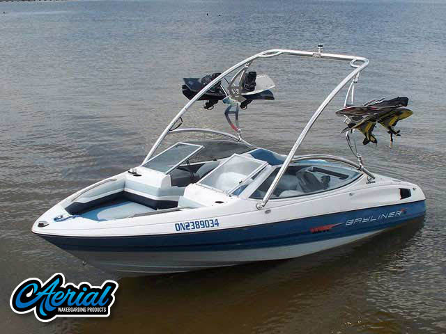 Bayliner Caprie 1992 Wakeboard Tower, speakers, racks, bimini