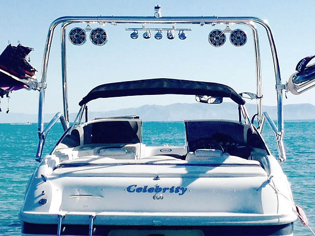 2001 Celebrity 190br Wakeboard Tower, speakers, racks, bimini