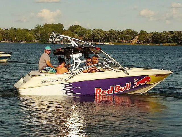 1996 Larson sei176 wakeboard tower, speakers, racks, bimini & lights