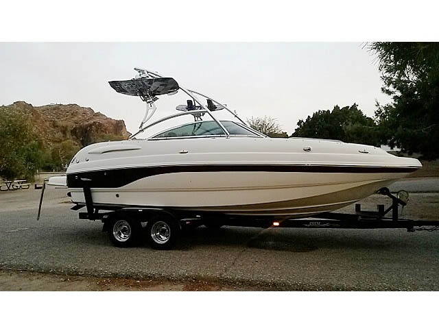 Wakeboard tower for 2004 Chaparral 234 boat featuring Aerial's Assault Tower
