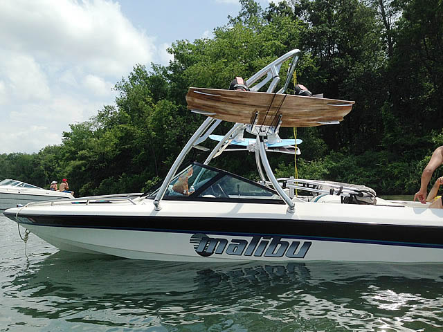 Wakeboard tower for 1998 Malibu Response lx boat featuring Aerial's Ascent Tower