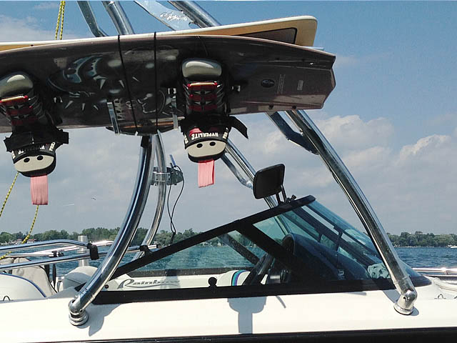 1998 Malibu Response lx Wakeboard Tower, speakers, racks, bimini