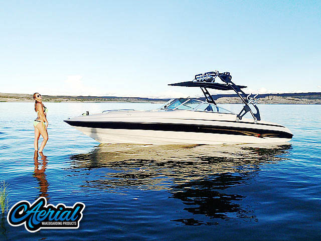 Wakeboard tower for 2002 Reinell 240-BR boat featuring Aerial's FreeRide Tower with Bimini