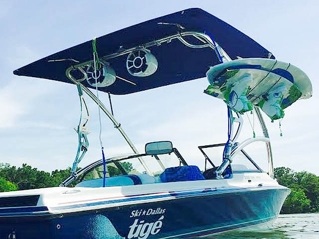 1994 Tige 2002FLSM wakeboard tower, speakers, racks, bimini & lights