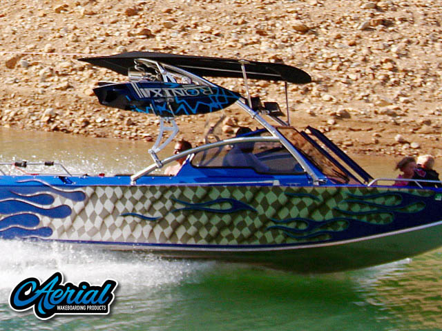 2002 Boice Jet Endevor wakeboard tower, speakers, racks, bimini & lights