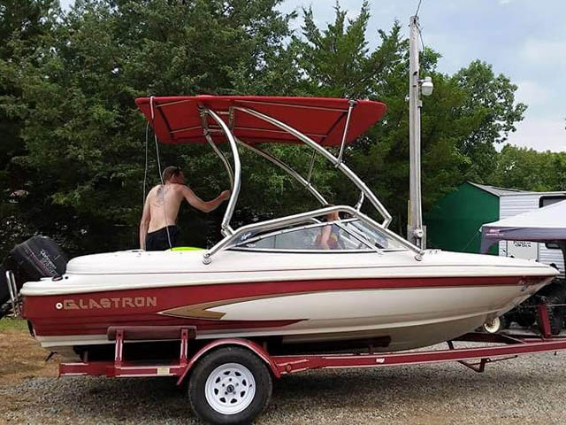 1996 Glastron ssv170 wakeboard tower, speakers, racks, bimini & lights