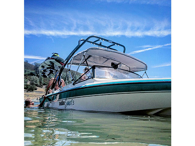 Wakeboard tower for 1991 Malibu Euro F3 boat featuring Aerial's FreeRide Tower