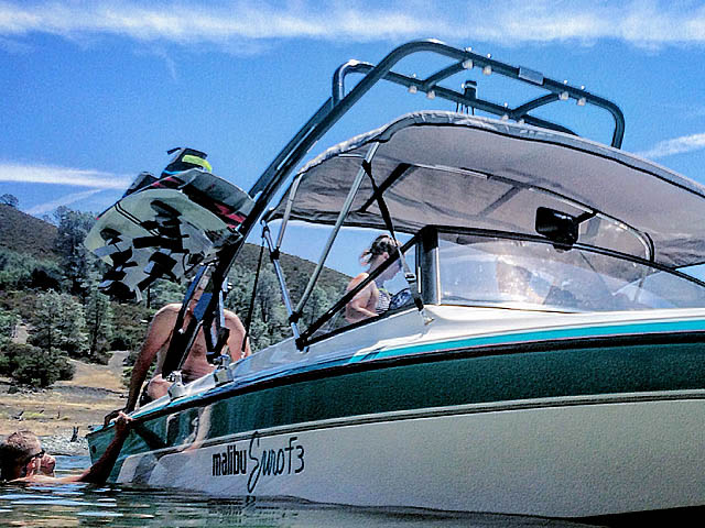 1991 Malibu Euro F3 Wakeboard Tower, speakers, racks, bimini