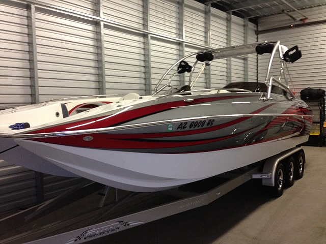 Nordic 26 Deck 2014 wakeboard tower, speakers, racks, bimini & lights