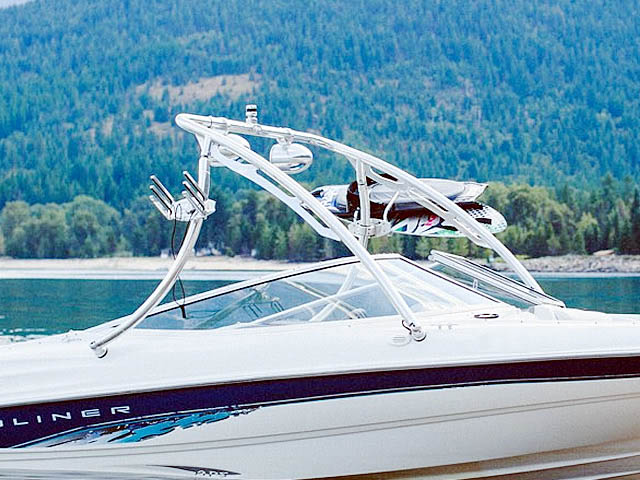 1998 Bayliner 185 Capri  Wakeboard Tower, speakers, racks, bimini
