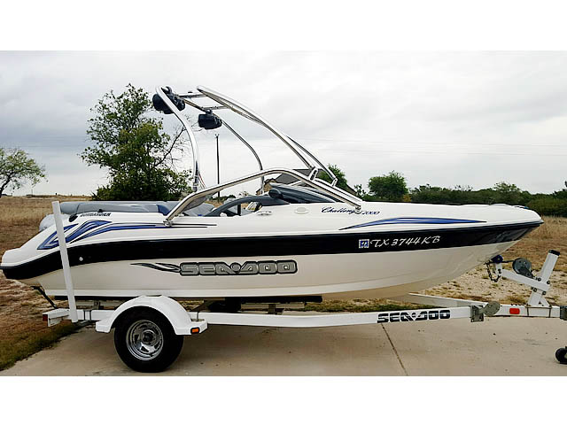 Wakeboard tower for 2004 Sea Doo Challenger 2000 boat featuring Aerial's Airborne Tower