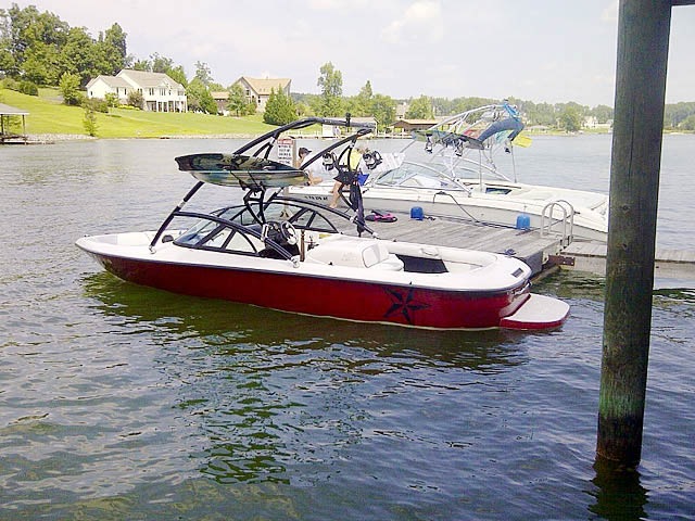 Wakeboard tower for 1998 Moomba Outback boat featuring Aerial's Assault Tower