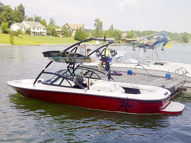 1998 Moomba Outback wakeboard tower, speakers, racks, bimini & lights