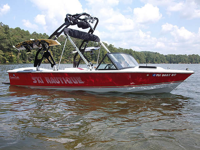 1985 Correct Craft Ski Nautique Wakeboard Tower, speakers, racks, bimini