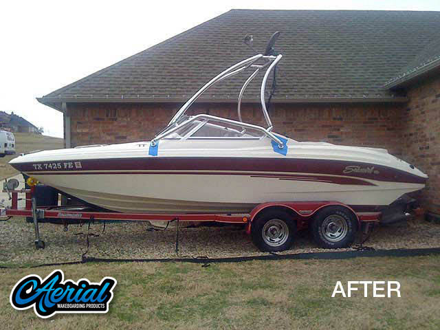 1998 Seaswirl Wakeboard Tower, speakers, racks, bimini