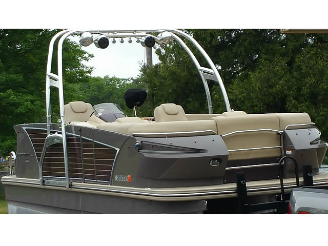 2014 Larson Escape  pontoon boat wakeboard tower