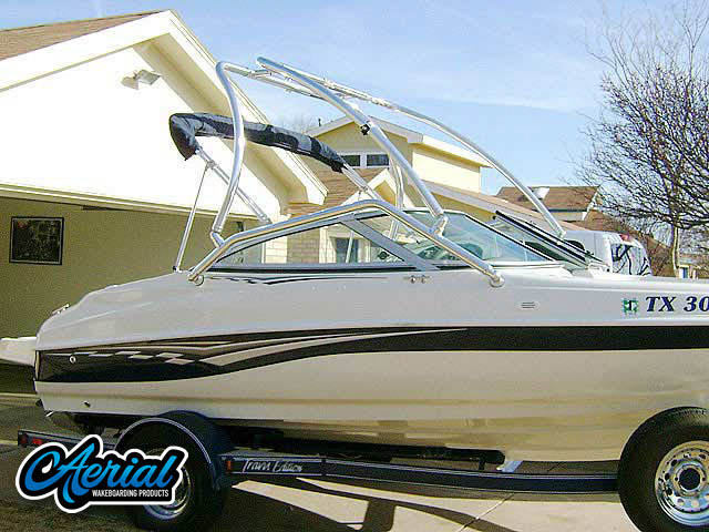Wakeboard tower for 2007 Caravelle 187 with Airborne Tower
