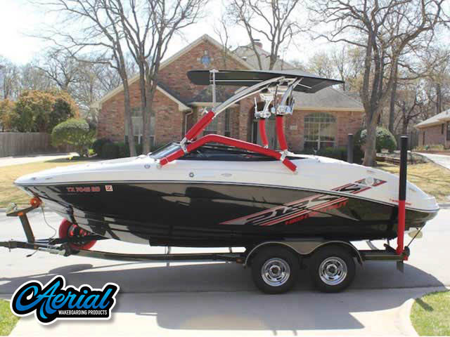 2009/Yamaha/212SS Wakeboard Tower, speakers, racks, bimini