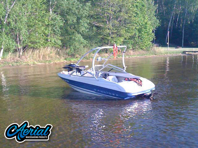 View wakeboard tower and accessories on a 1994 Bayliner Capri 1850