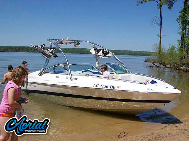 Wakeboard tower for 2005 Mariah SX22 with Assault Tower