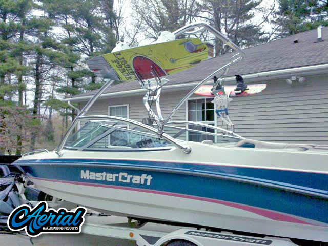 View wakeboard tower and accessories on a 94 Mastercraft Maristar 225VRS