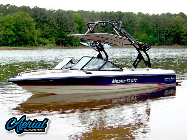 1994 MasterCraft Prostar 205  Wakeboard Tower, speakers, racks, bimini