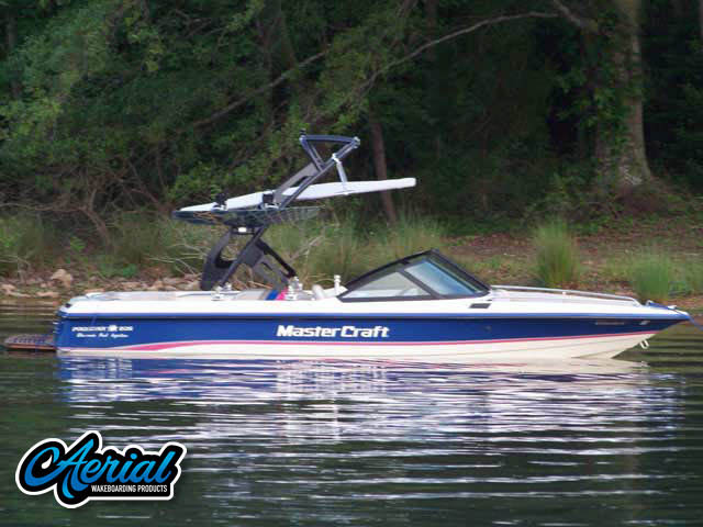 View wakeboard tower and accessories on a 1994 MasterCraft Prostar 205