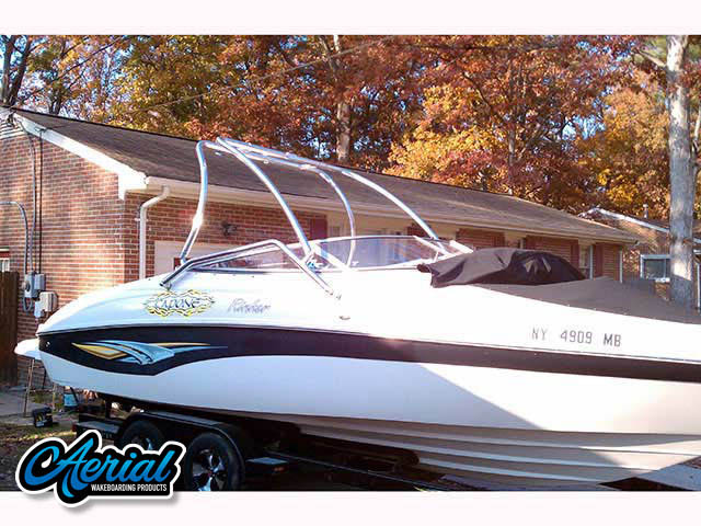 2004 Rinker Captiva 232 Wakeboard Tower, speakers, racks, bimini