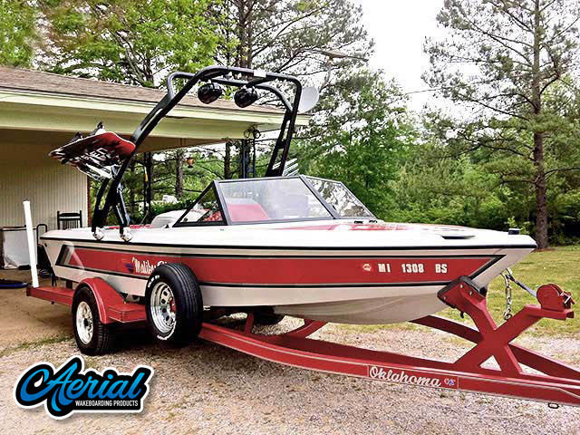1991 Malibu Skier Wakeboard Tower, speakers, racks, bimini