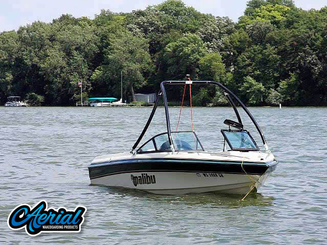1999 Malibu Sunsetter Wakeboard Tower, speakers, racks, bimini