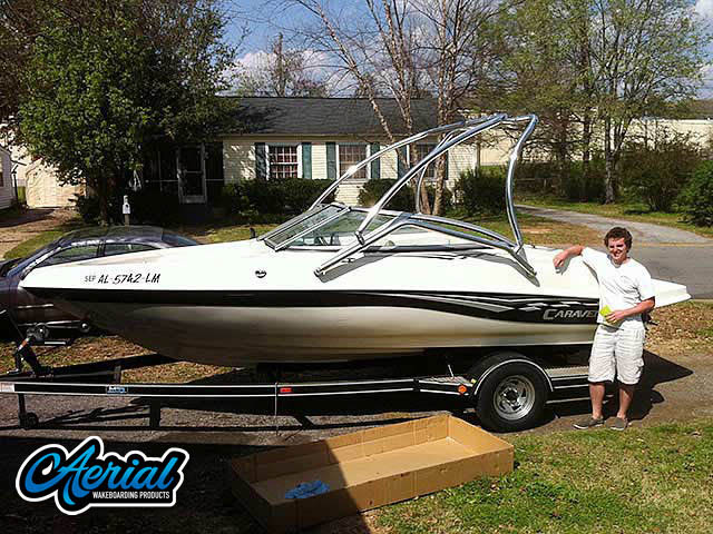 Wakeboard tower for 2006 Caravelle 187 LS boat featuring Aerial's Airborne Tower
