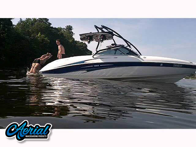 2004 Yamaha SX230 Wakeboard Tower, speakers, racks, bimini