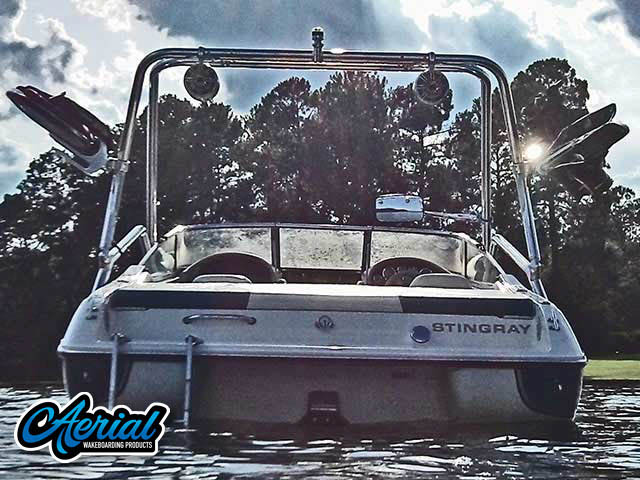 98 Stingray 190LX Wakeboard Tower, speakers, racks, bimini