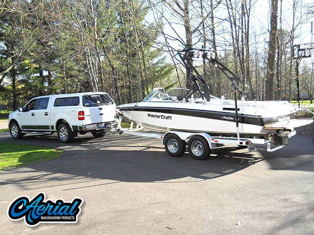 1990 Mastercraft Maristar 210 Wakeboard Tower, speakers, racks, bimini