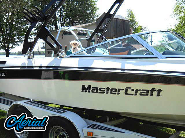 View wakeboard tower and accessories on a 1990 Mastercraft Maristar 210