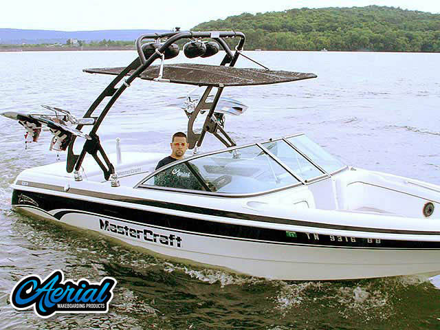 Wakeboard tower package on a 1999 Mastercraft ProStar 205 with an Aerial FreeRide Tower with Bimini