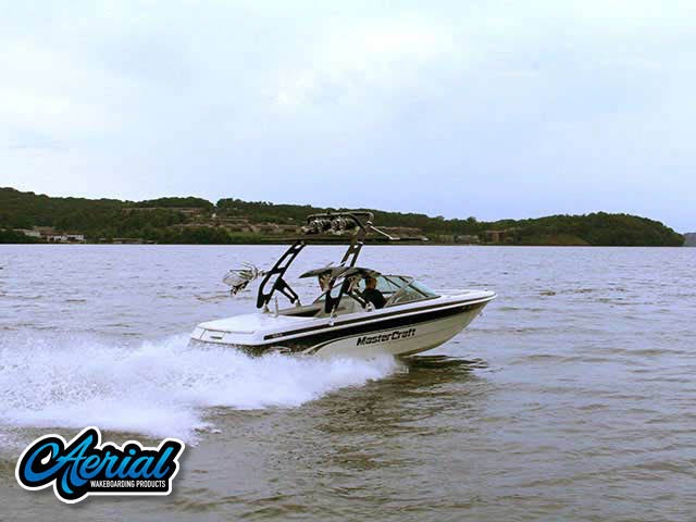 1999 Mastercraft ProStar 205 Wakeboard Tower, speakers, racks, bimini