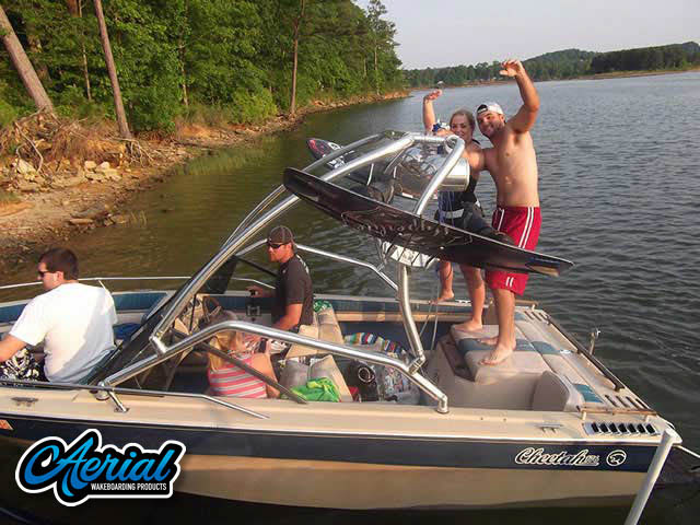 1986 Cheetah Wakeboard Tower, speakers, racks, bimini