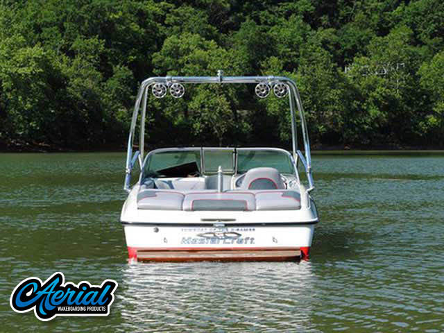 2002 Mastercraft X-Star Wakeboard Tower, speakers, racks, bimini