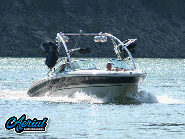 2004 Sea Ray 220 Bowrider Wakeboard Towers