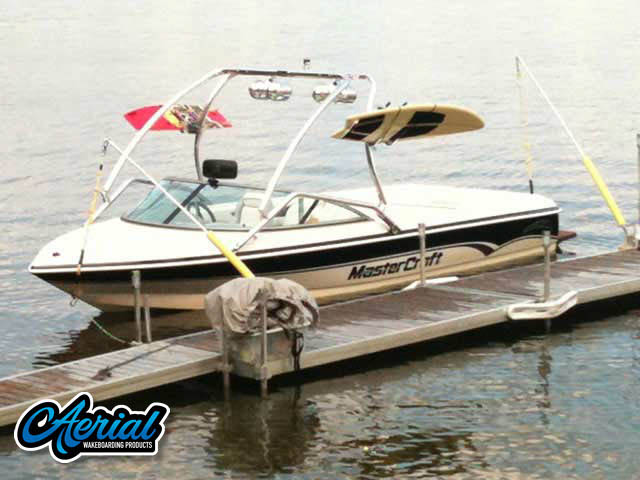Aerial Airborne Tower installation on a Mastercraft prostar 190 boat