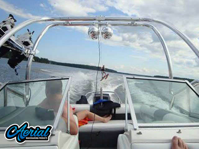 Aerial Airborne Tower on a 1995 SEA RAY SKI RAY 190 boat