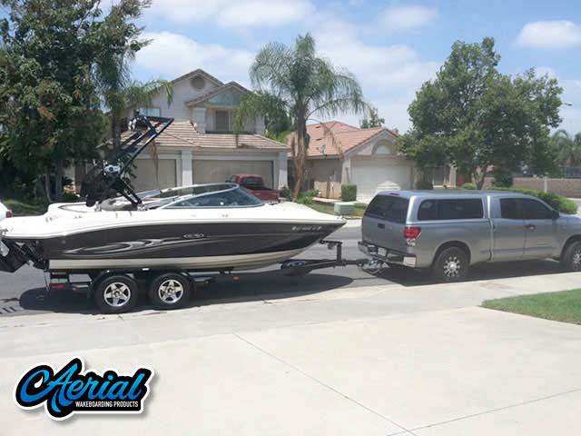 2005 SeaRay select 200 Wakeboard Tower, speakers, racks, bimini