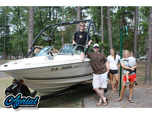 2001 Sea Ray 182 Bowrider Wakeboard Tower, speakers, racks, bimini
