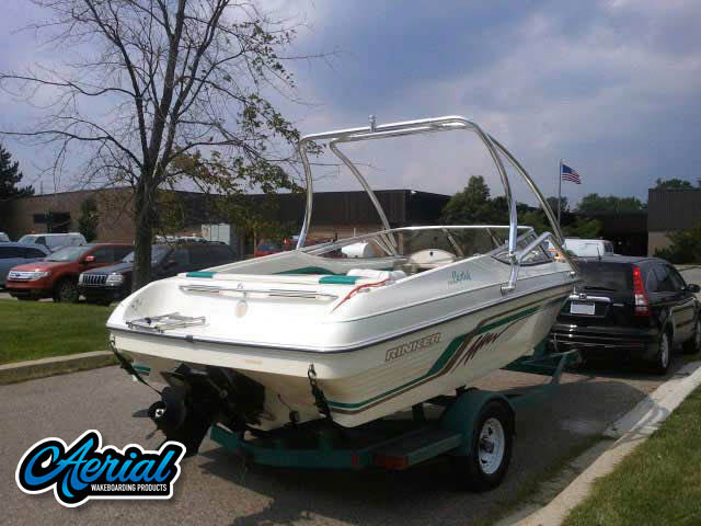 1995 Rinker Captiva 190 Wakeboard Tower, speakers, racks, bimini