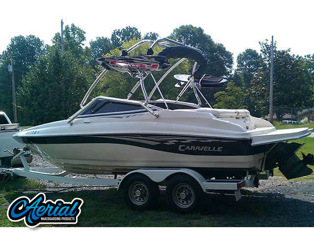 Wakeboard tower for 2005 Caravelle 207 boat featuring Aerial's Airborne Tower