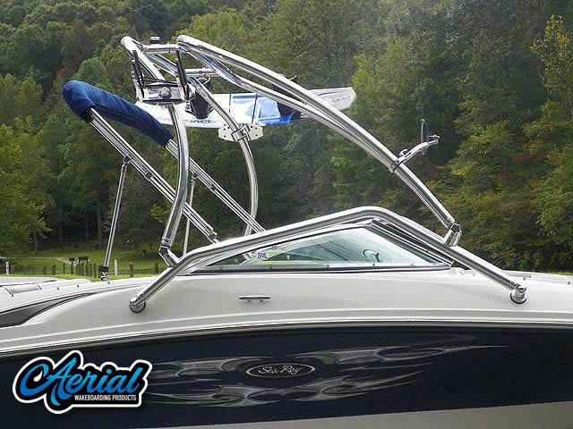 2008 Sea Ray 195 Sport Wakeboard Tower, speakers, racks, bimini